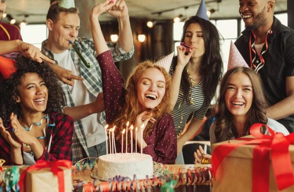 film na urodziny